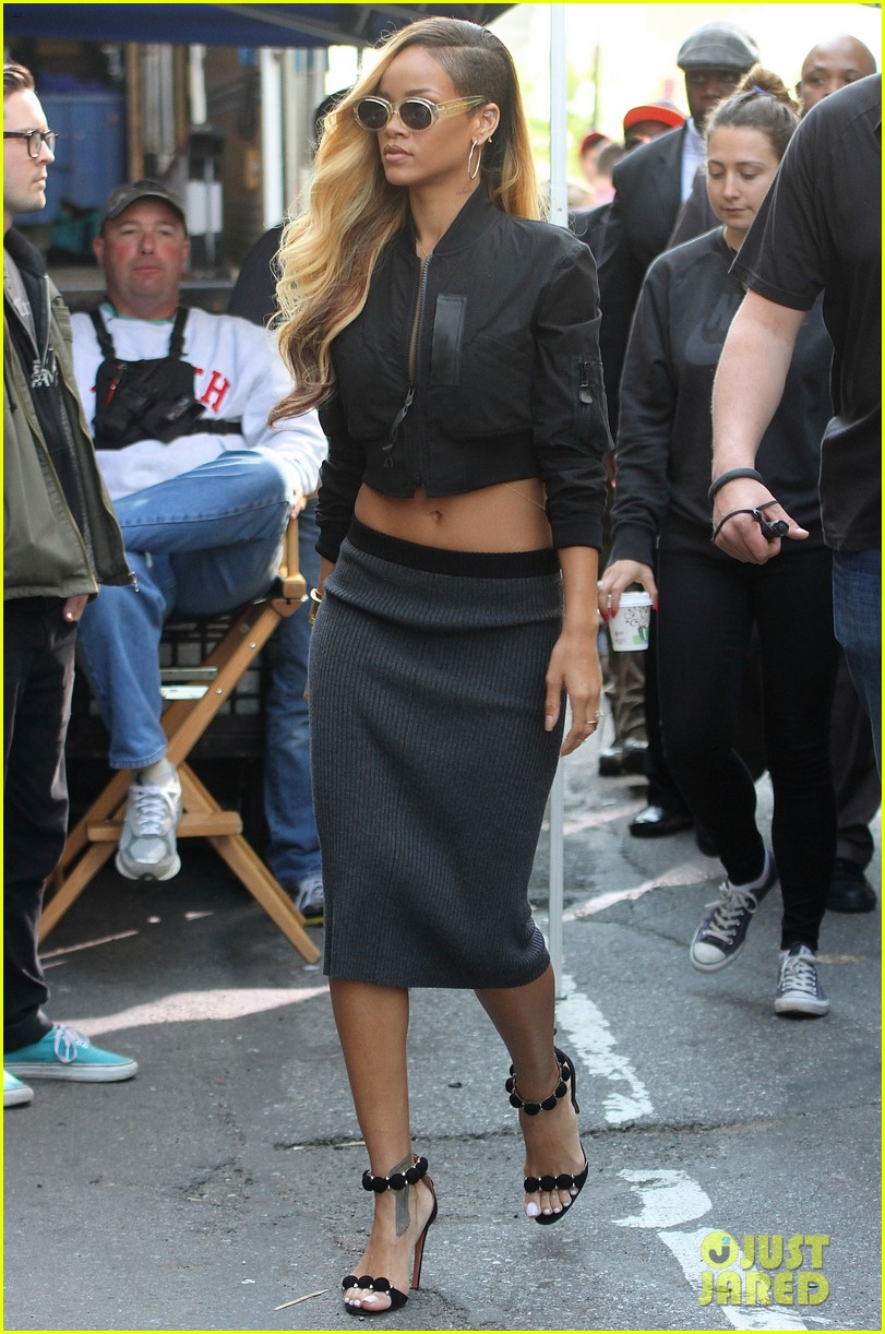 rihanna bares midriff for commercial shoot in nyc 012871120