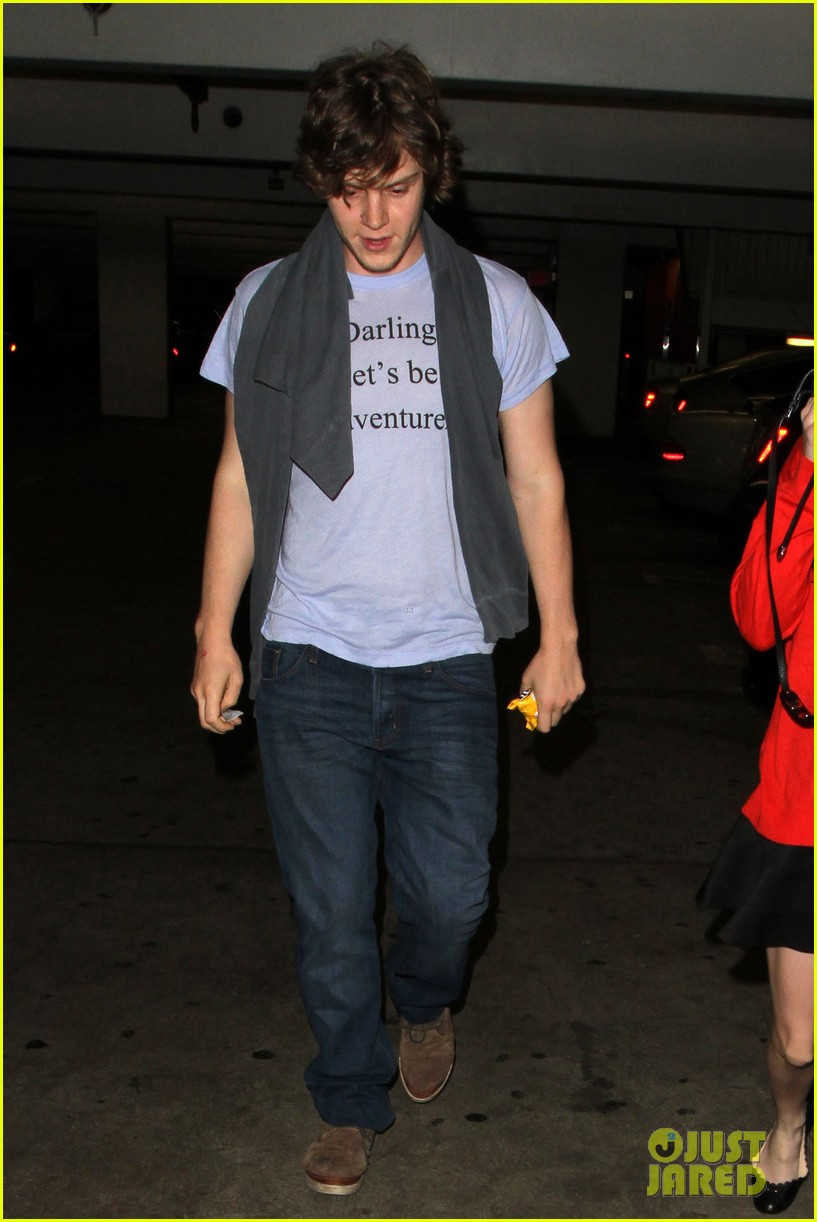 emma roberts evan peters loved up in la 032880564