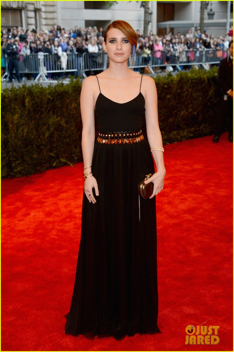 emma roberts met ball 2013 red carpet 012865187