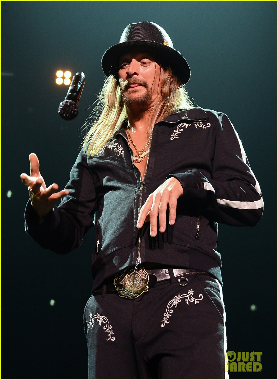 kid rock slams lip syncers at billboard music awards 2013 07