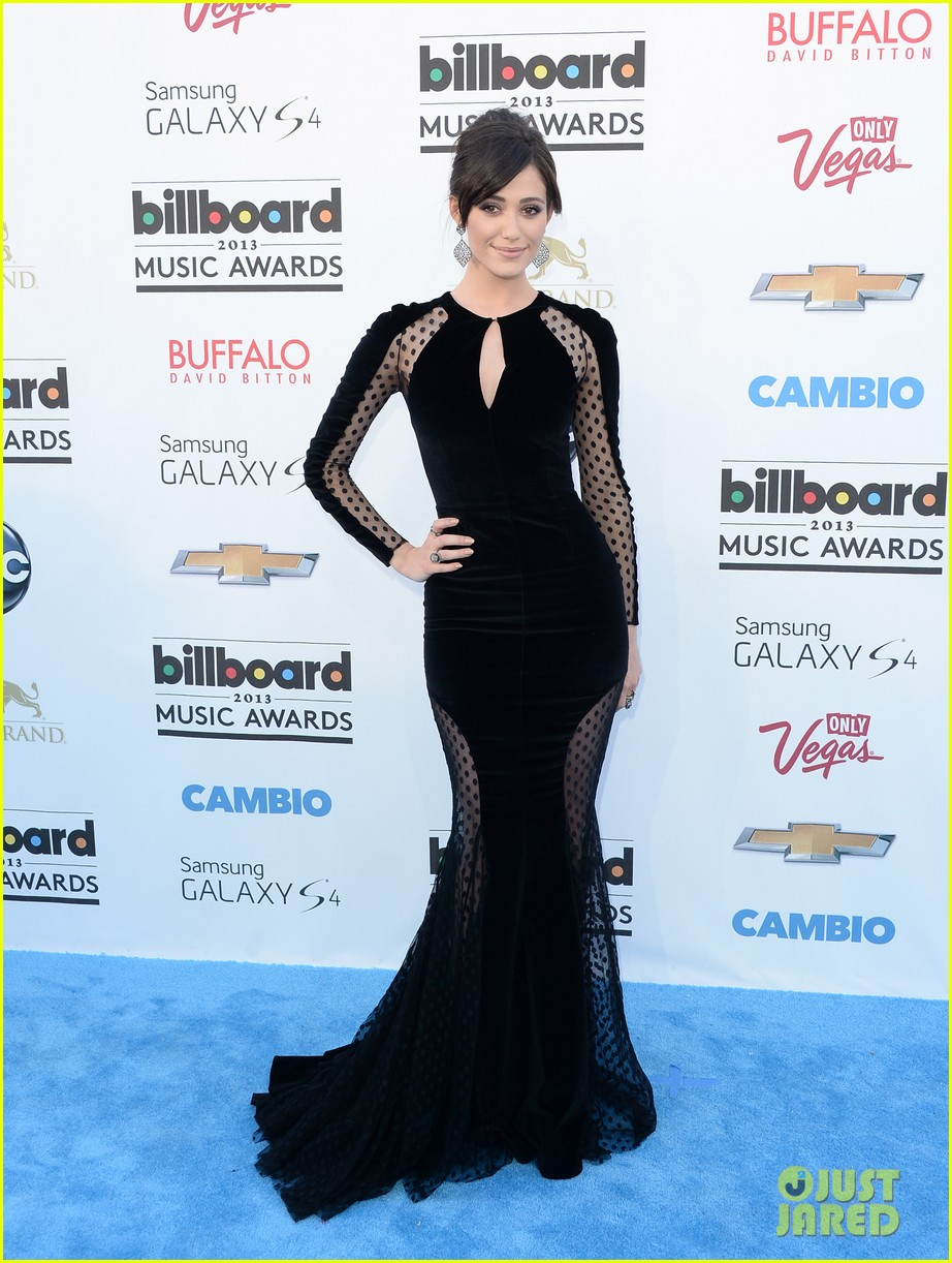 emmy rossum billboard music awards 2013 red carpet 012873991
