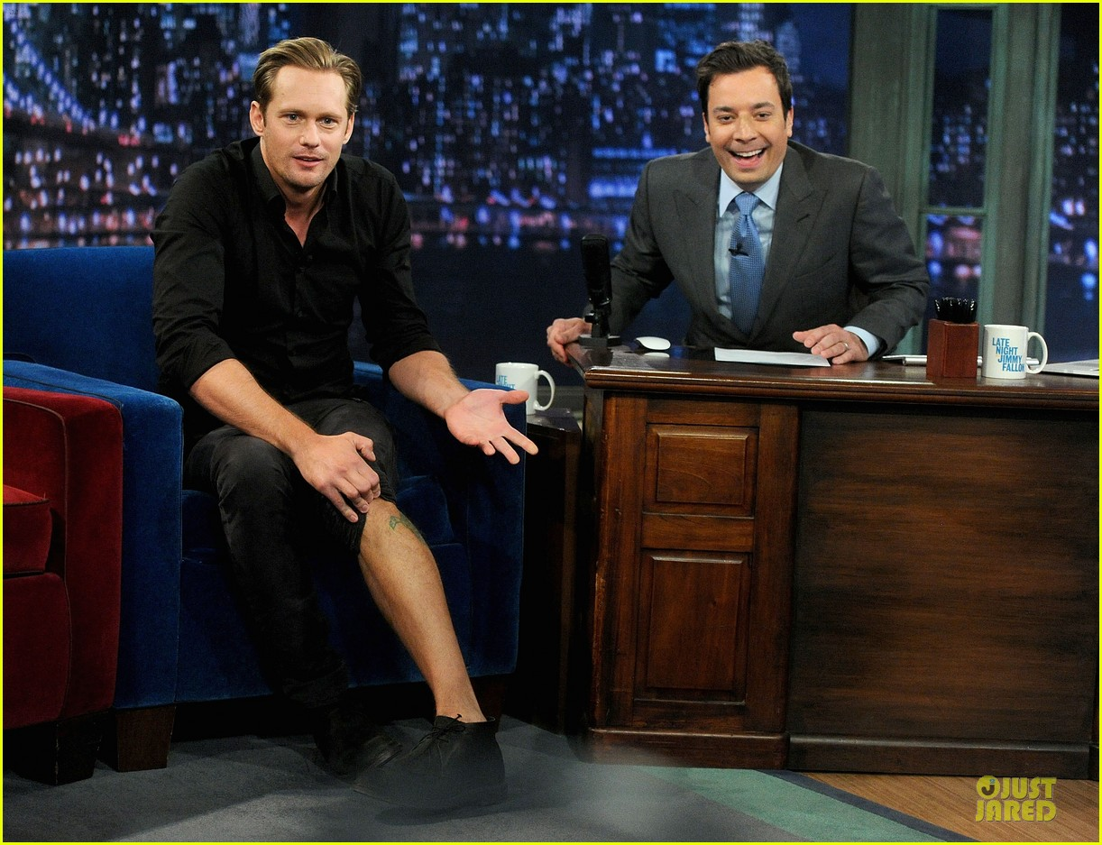 alexander skarsgard leg tattoo on fallon with carey mulligan 082863147