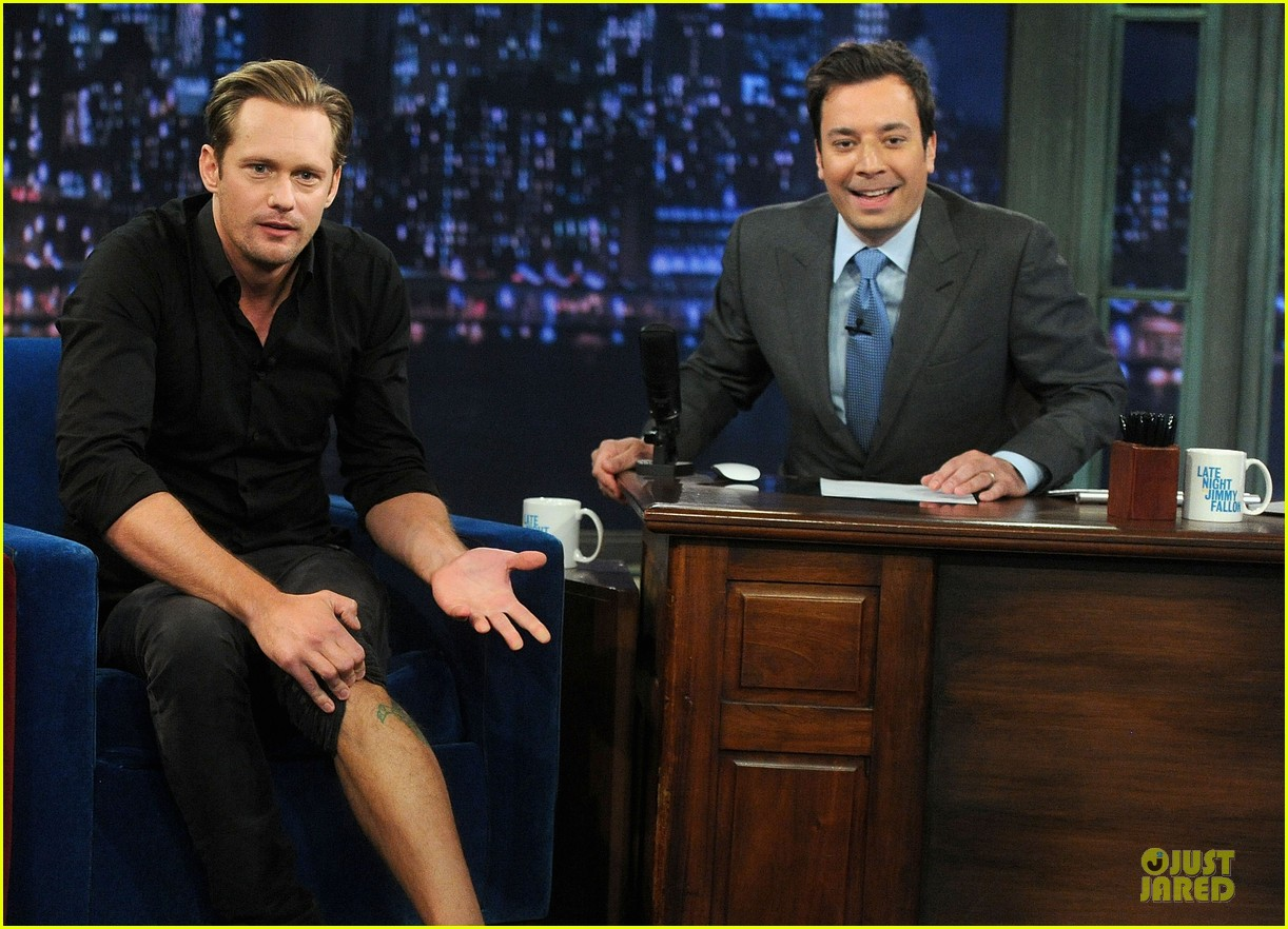 alexander skarsgard leg tattoo on fallon with carey mulligan 092863148