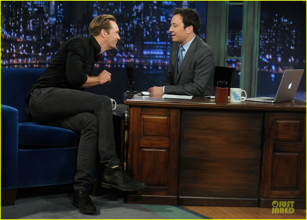 alexander skarsgard leg tattoo on fallon with carey mulligan 192863158