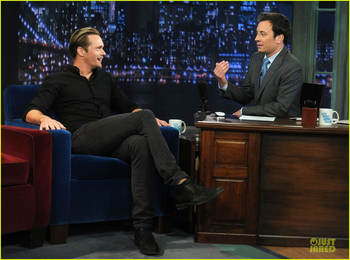 alexander skarsgard leg tattoo on fallon with carey mulligan 202863159