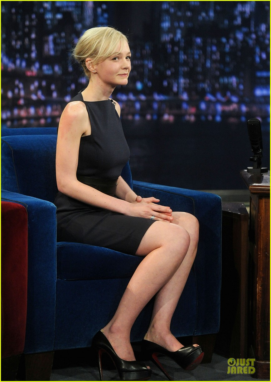 alexander skarsgard leg tattoo on fallon with carey mulligan 222863161