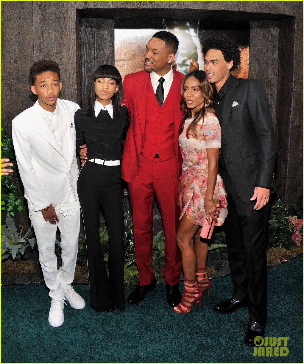 jada will smith after earth premiere with willow jada trey 032880264