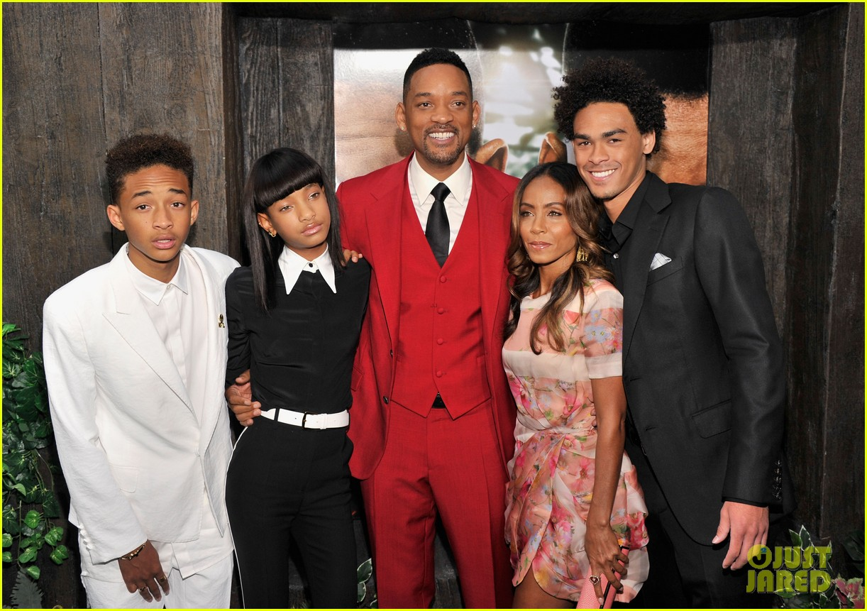 jada will smith after earth premiere with willow jada trey 192880280