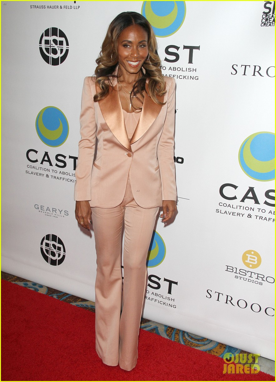willow smith white hair on red carpet with mom jada 092867634