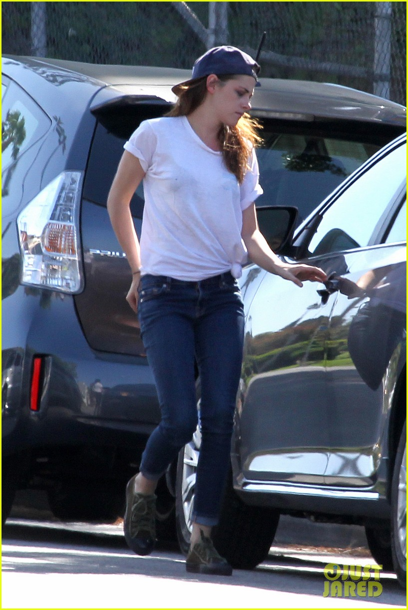 kristen stewart fender bender blues 342864823