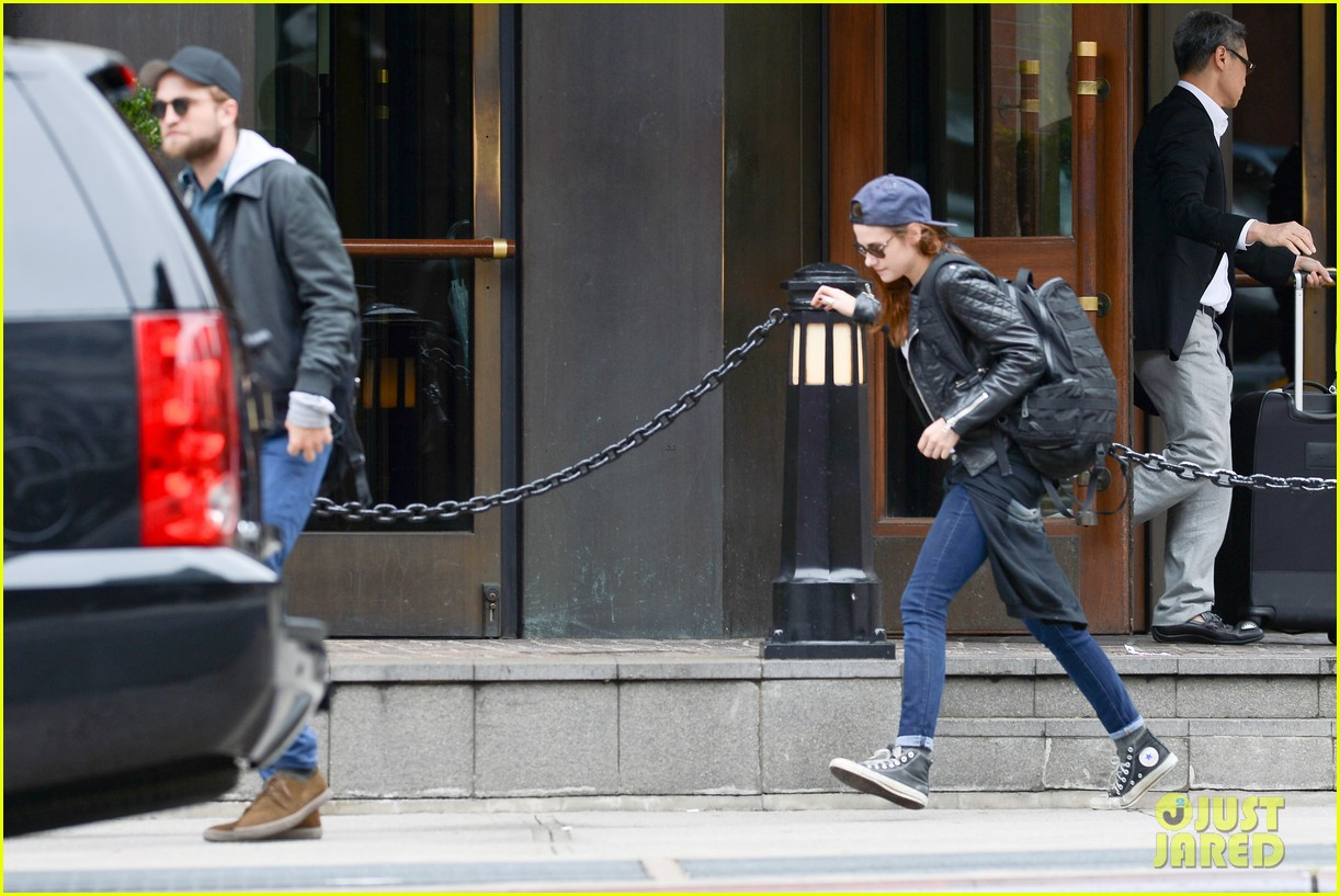 kristen stewart robert pattinson spotted together in nyc 072868163