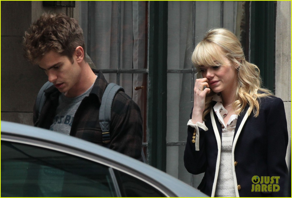emma stone andrew garfield day 82 on spider man 2 set 042880339