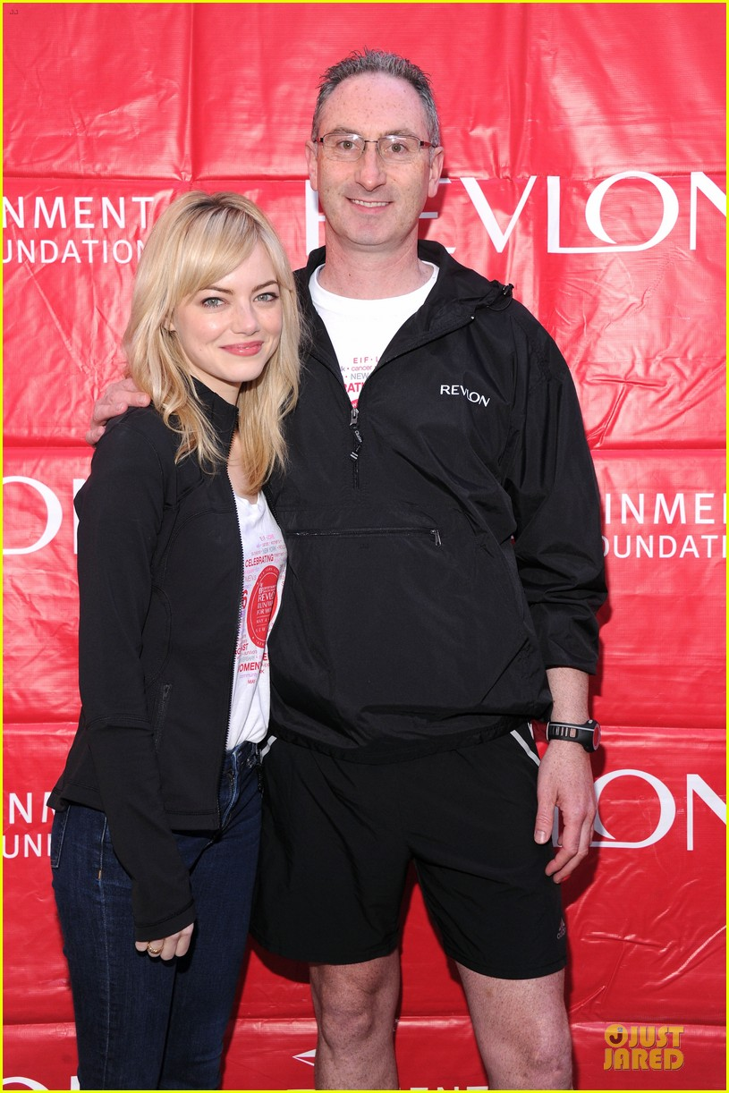 emma stone olivia wilde eif revlon run walk for women hosts 19