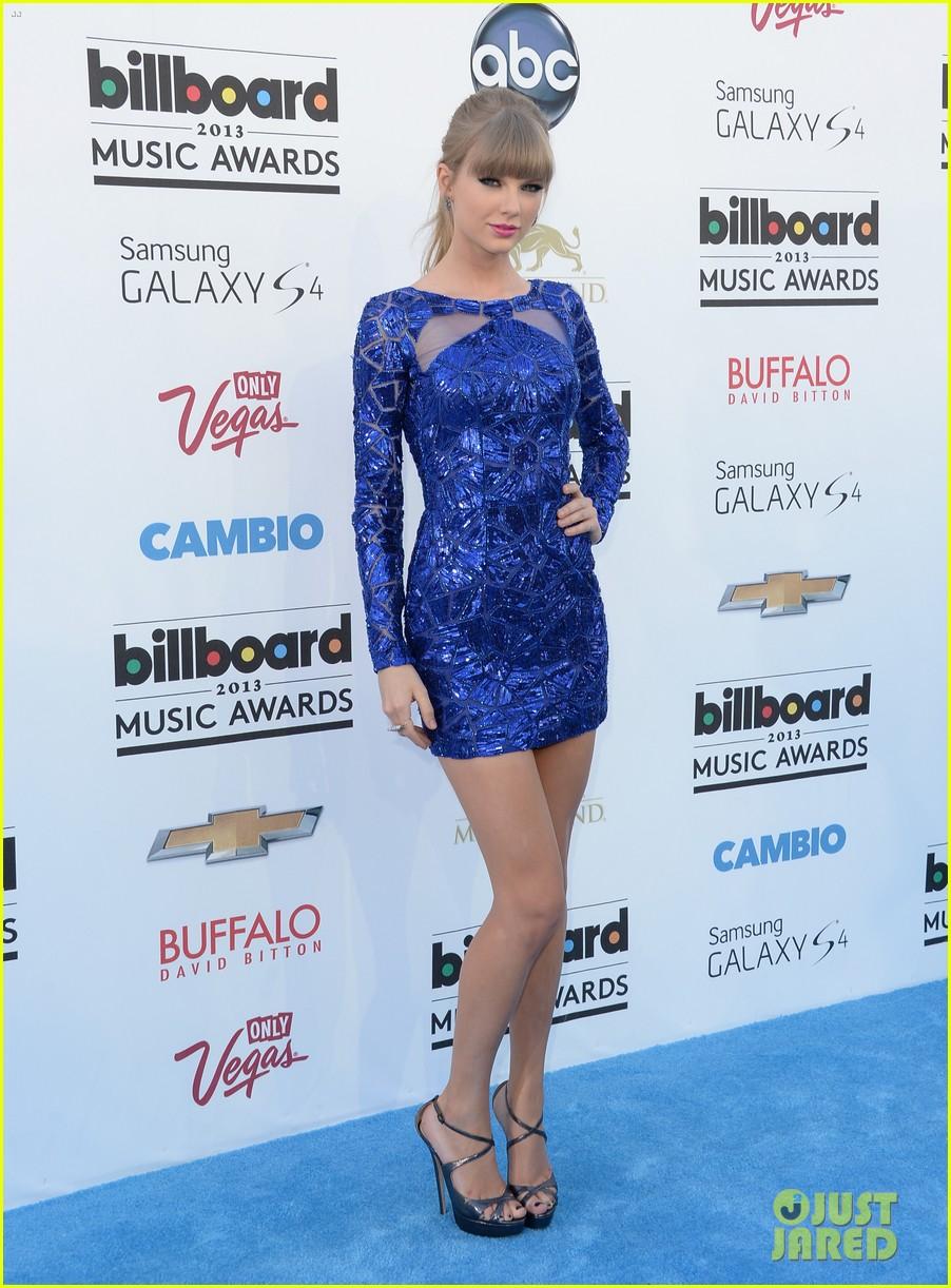 taylor swift billboard music awards 2013 red carpet 012873986