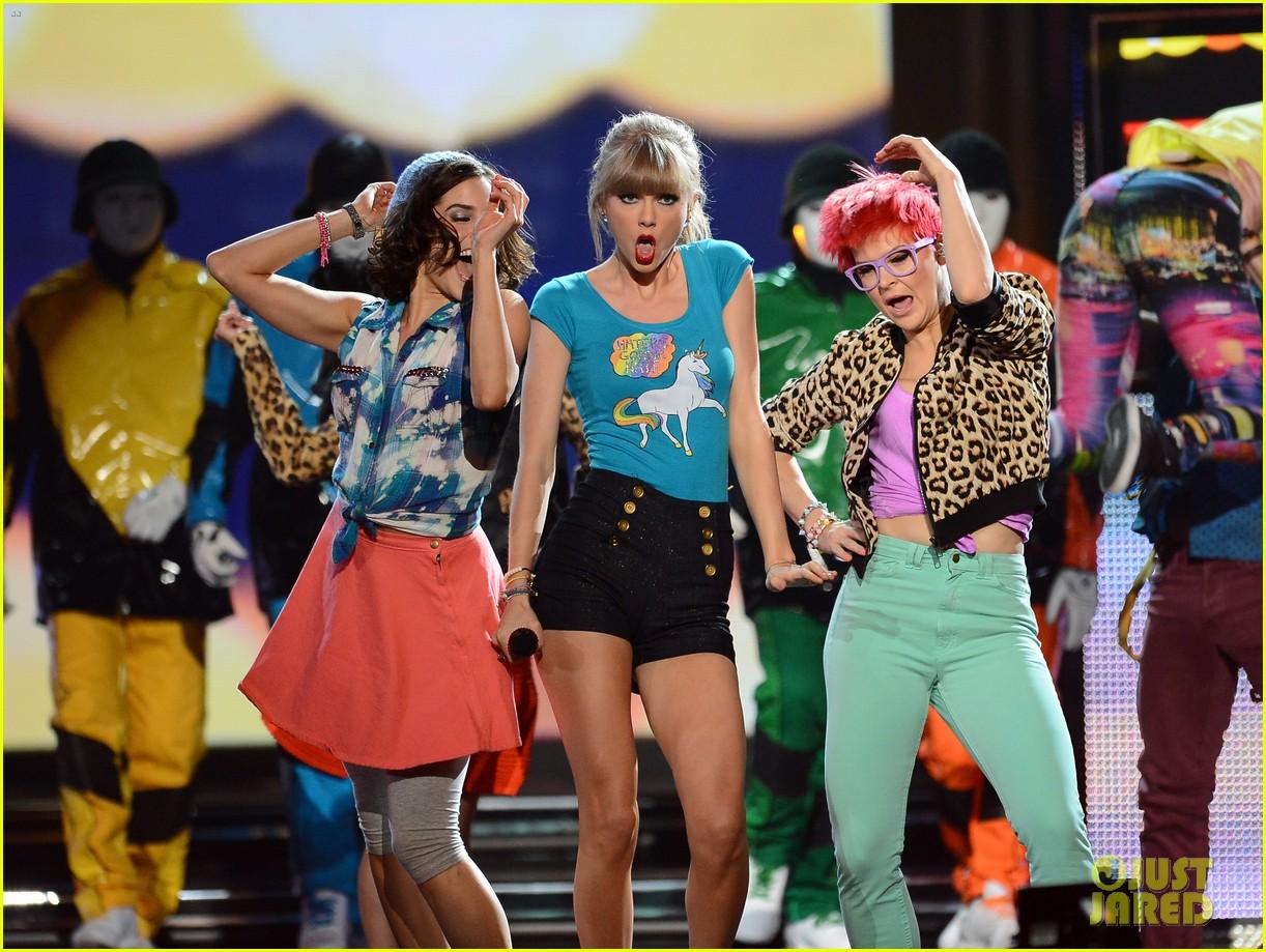 taylor swift billboard music awards 2013 performance video 022874125
