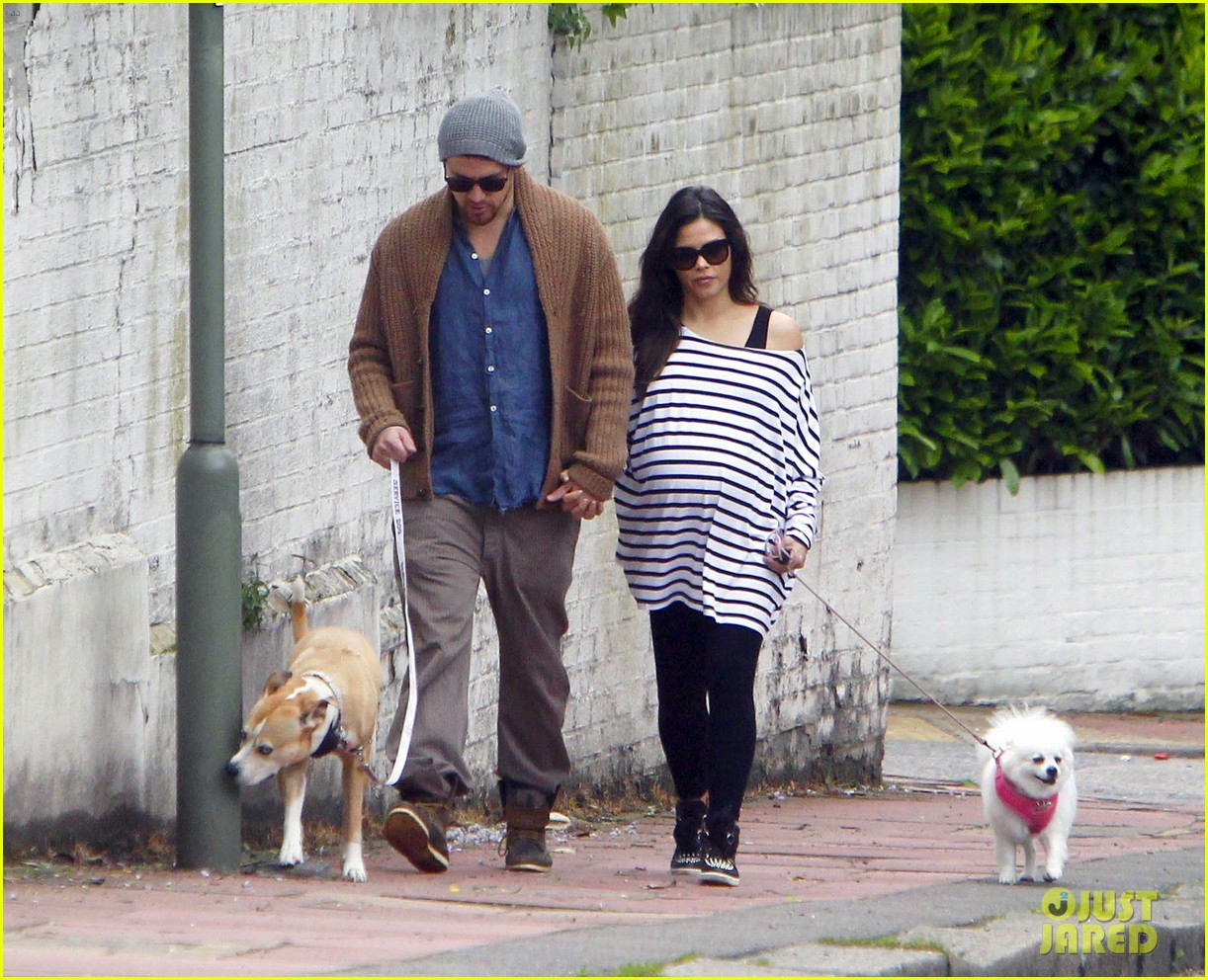 Photo of Jenna Dewan Tatum & her Dog