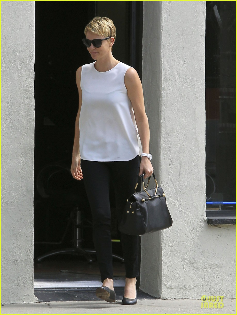 charlize theron inspires selena gomez with fashion 052872576