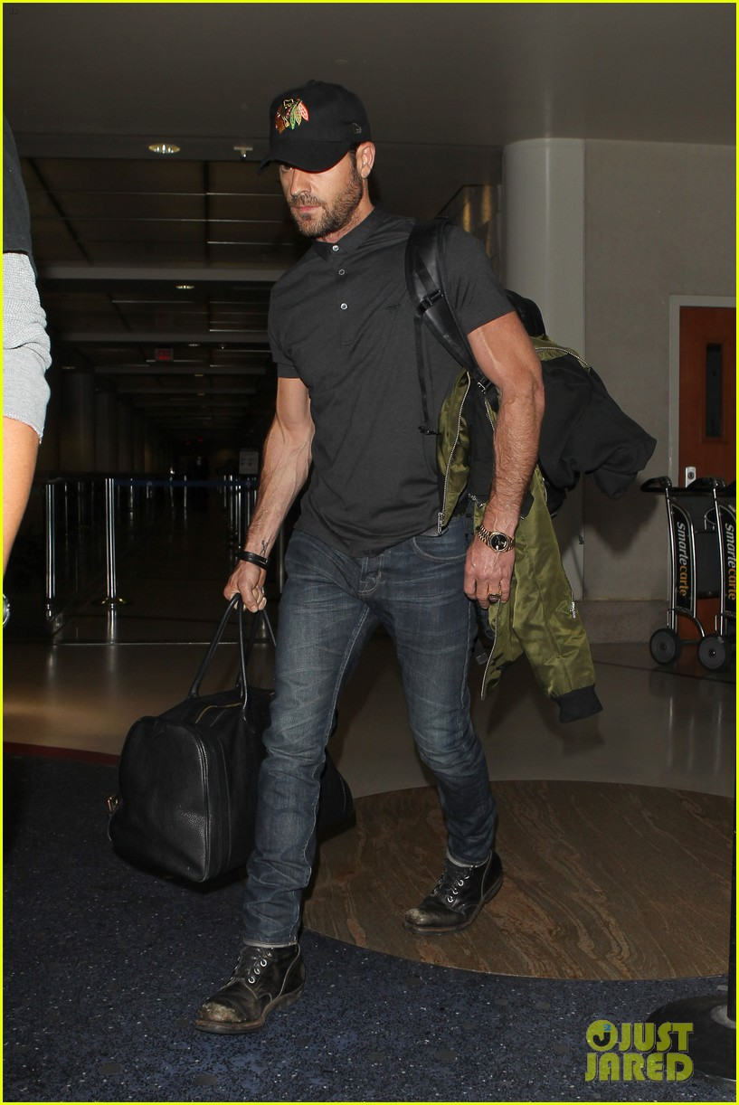 justin theroux from new york to lax 012874534