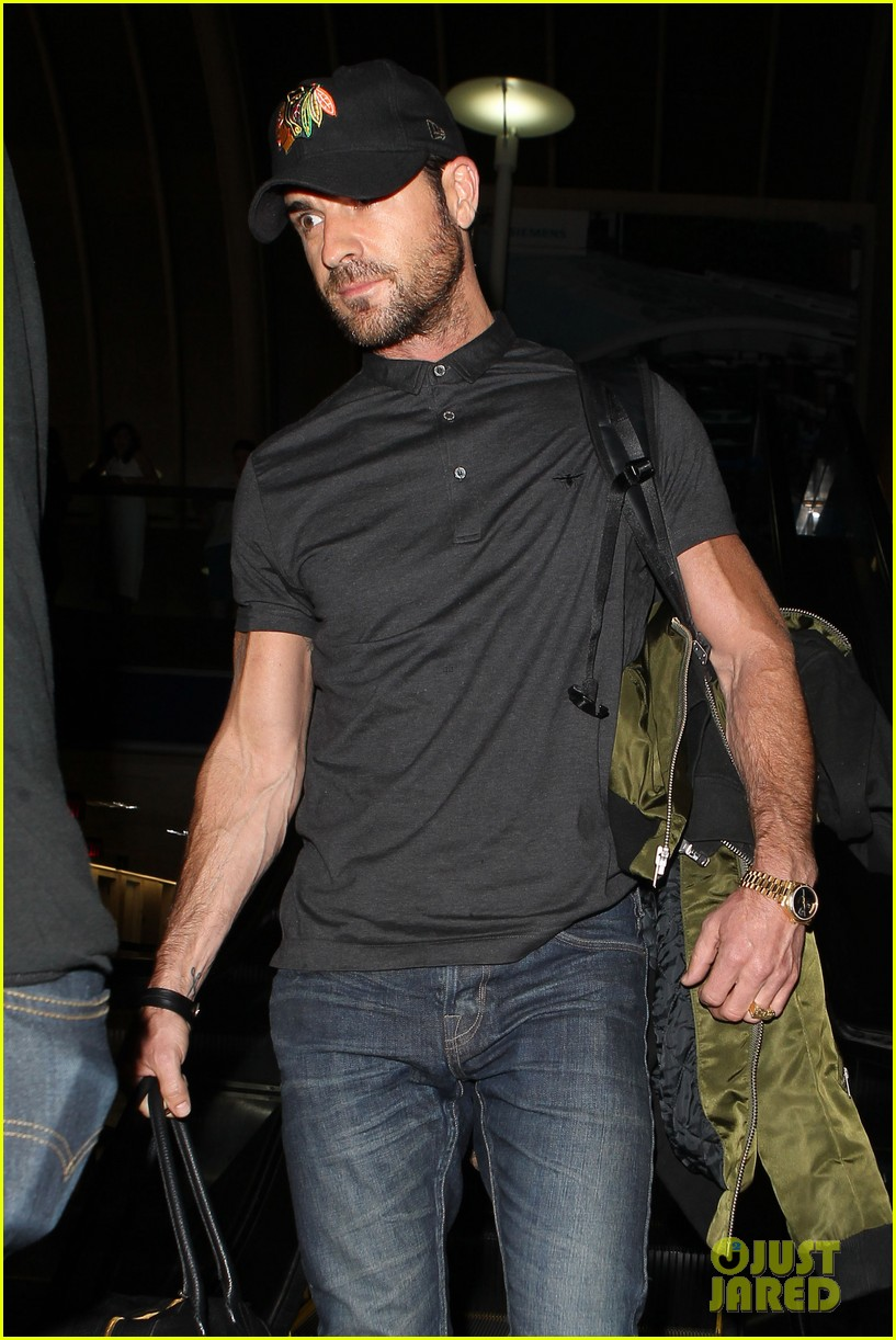 justin theroux from new york to lax 072874540