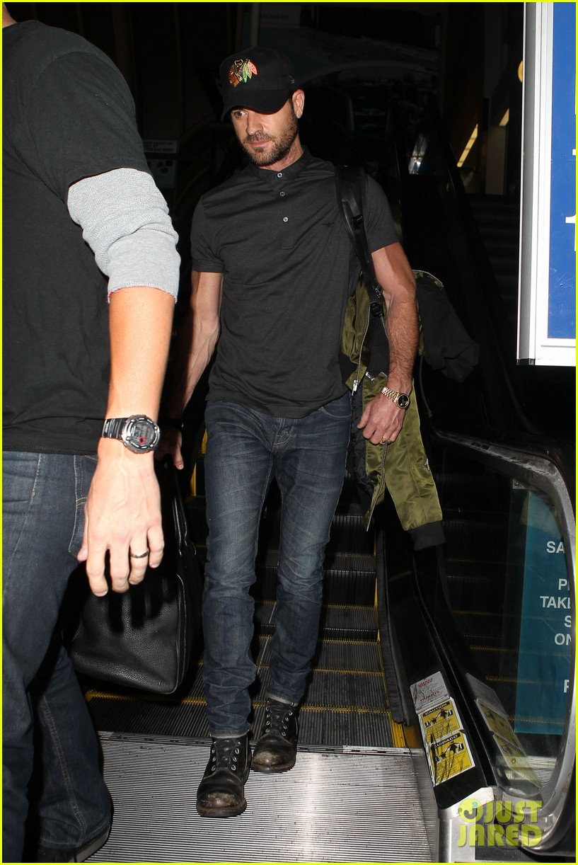 justin theroux from new york to lax 082874541