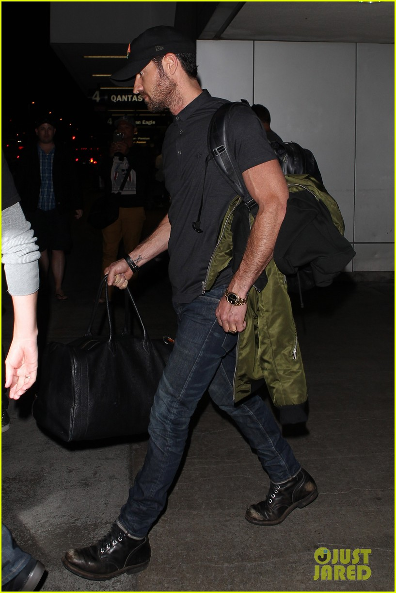justin theroux from new york to lax 092874542