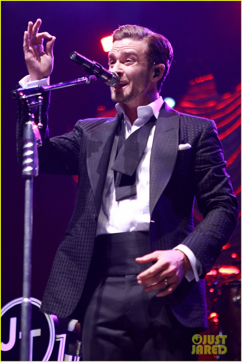 justin timberlake mastercard concert with jessica biel 252864627