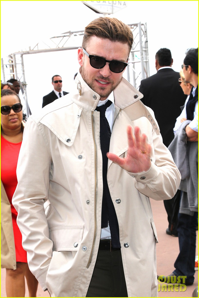 justin timberlake torch cannes spinning gold celebration 042870909