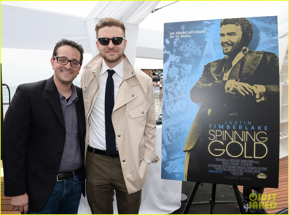 justin timberlake torch cannes spinning gold celebration 05