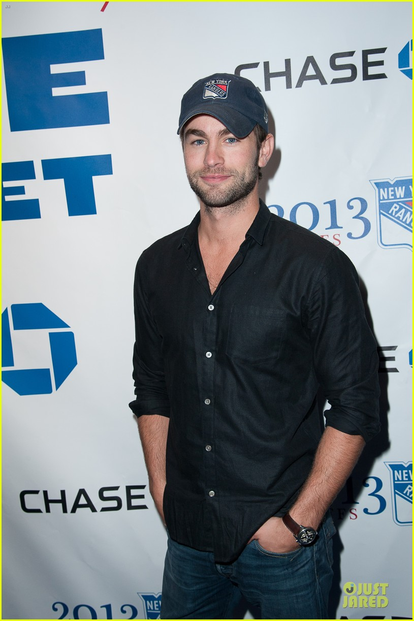 anne v chace crawford new york rangers nhl playoff game 022866337