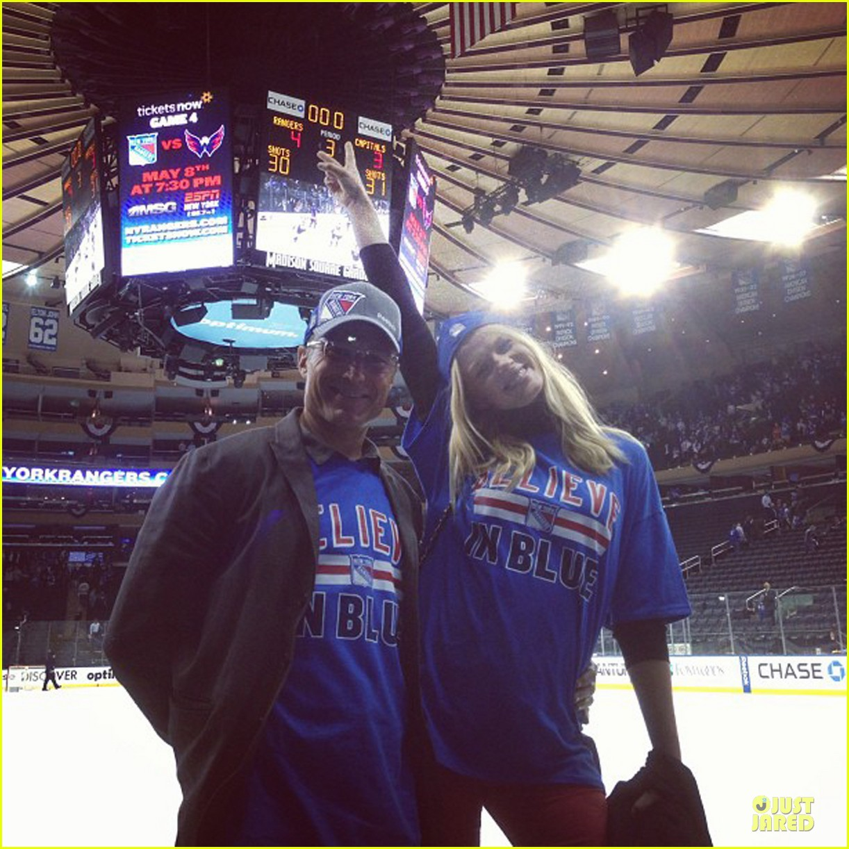 anne v chace crawford new york rangers nhl playoff game 052866340