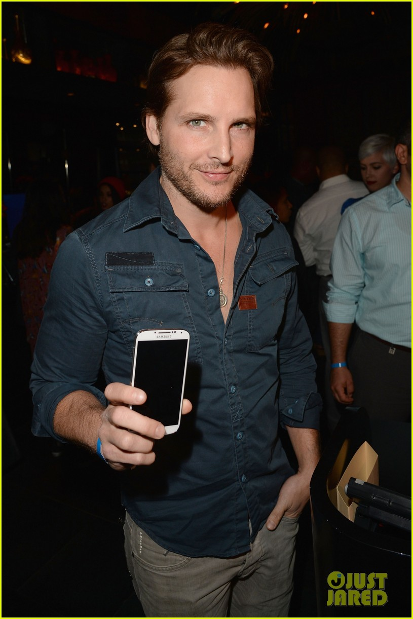 kate walsh peter facinelli samsung galaxy s launch 022866653