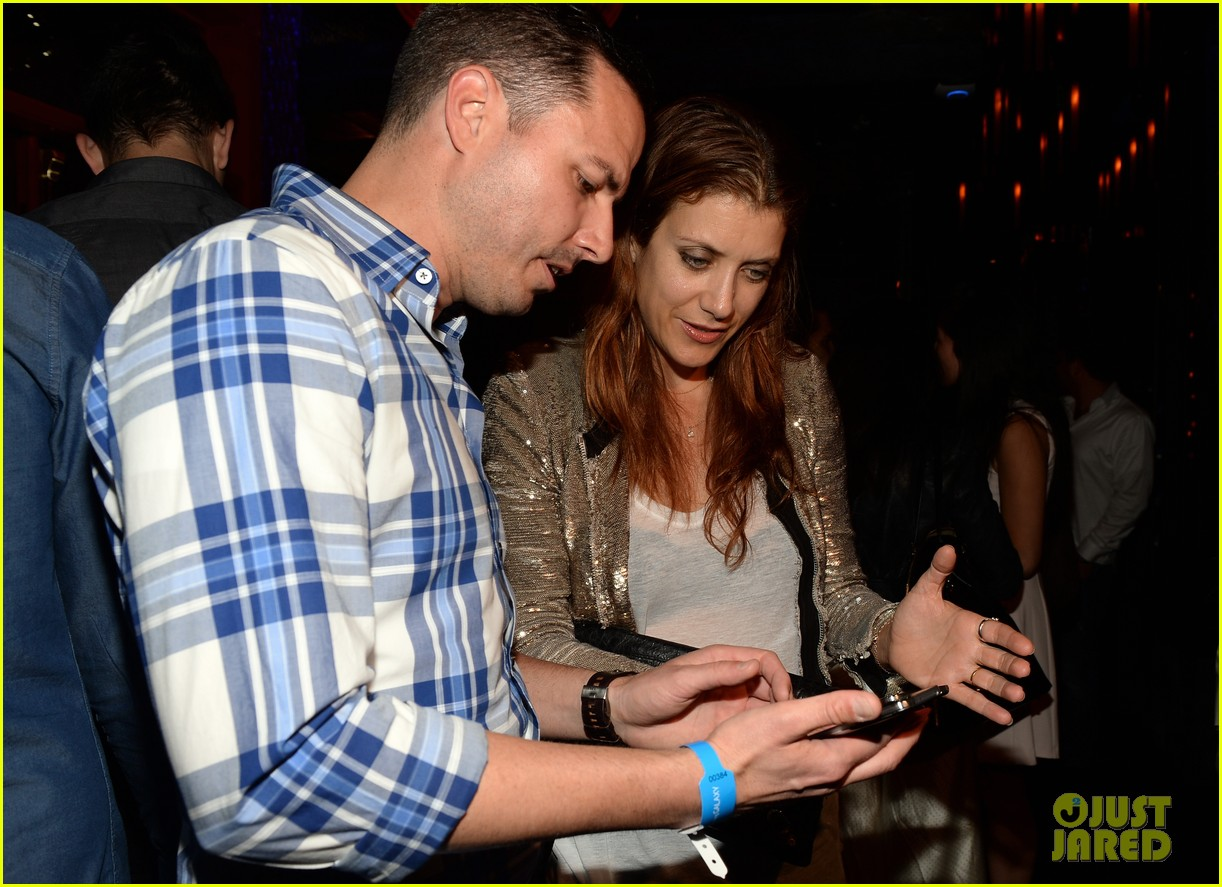 kate walsh peter facinelli samsung galaxy s launch 08