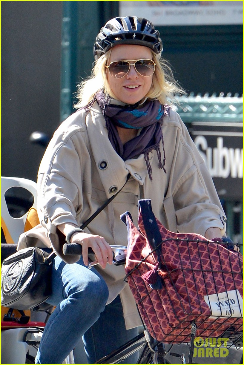 naomi watts while were young star 022863014
