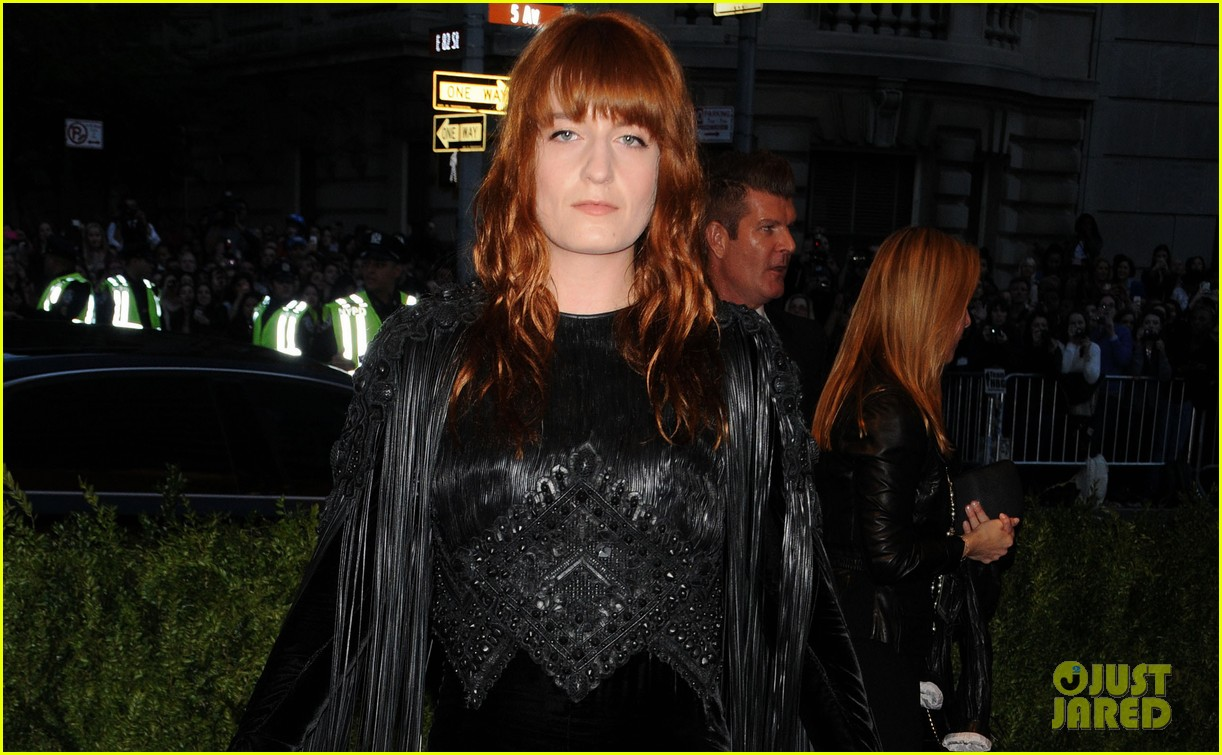 florence welch met ball 2013 red carpet 02