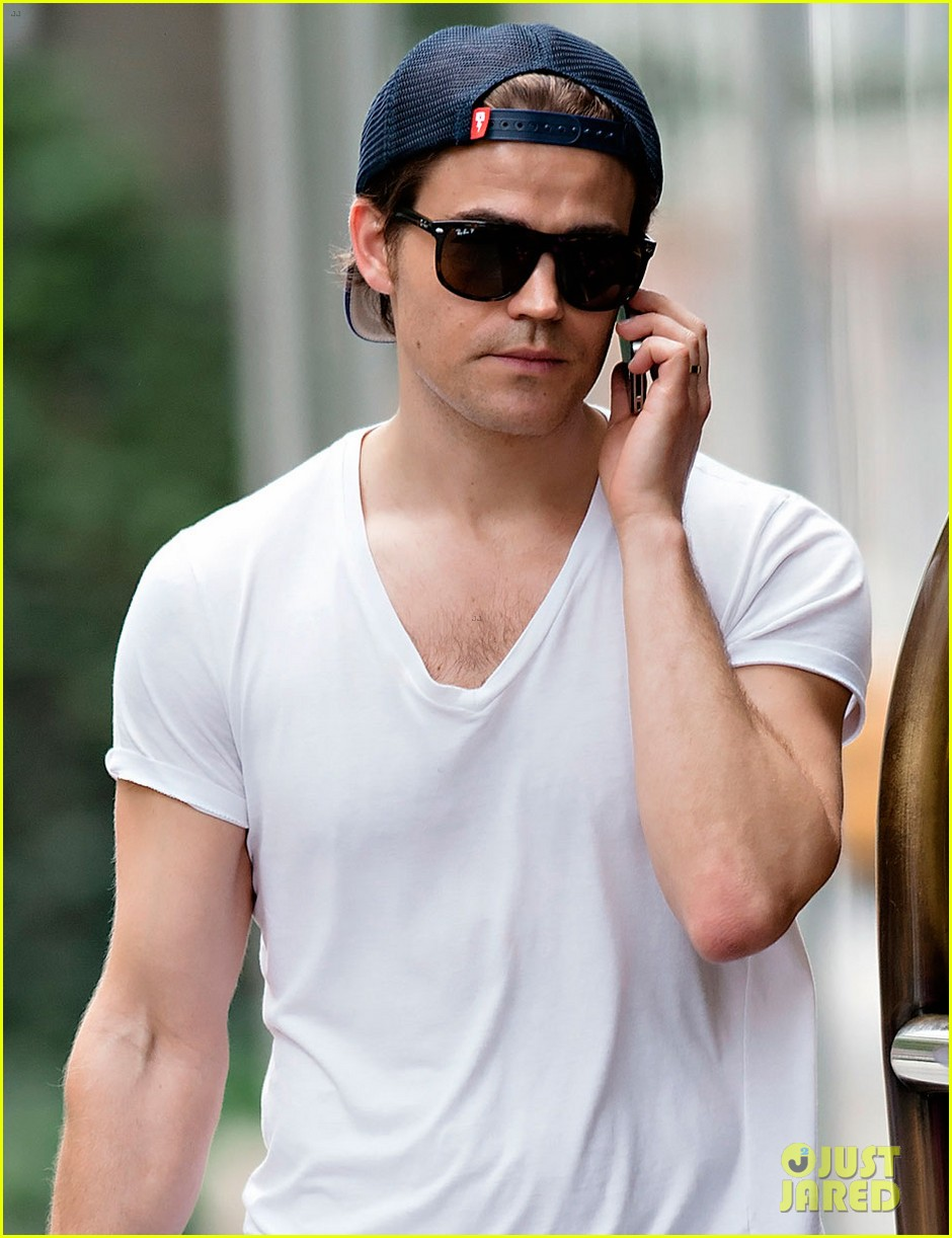 Paul Wesley Thanks Fans for Teen Choice Nomination | paul wesley
