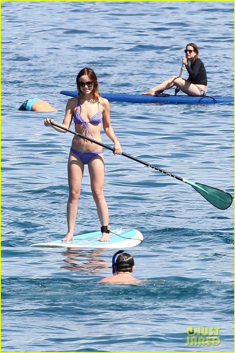 olivia wilde bikini babe in hawaii with shirtless jason sudeikis 032878697