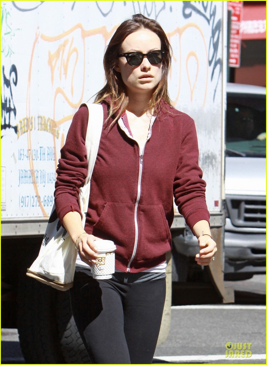 olivia wilde come hang out with emma stone 022863277