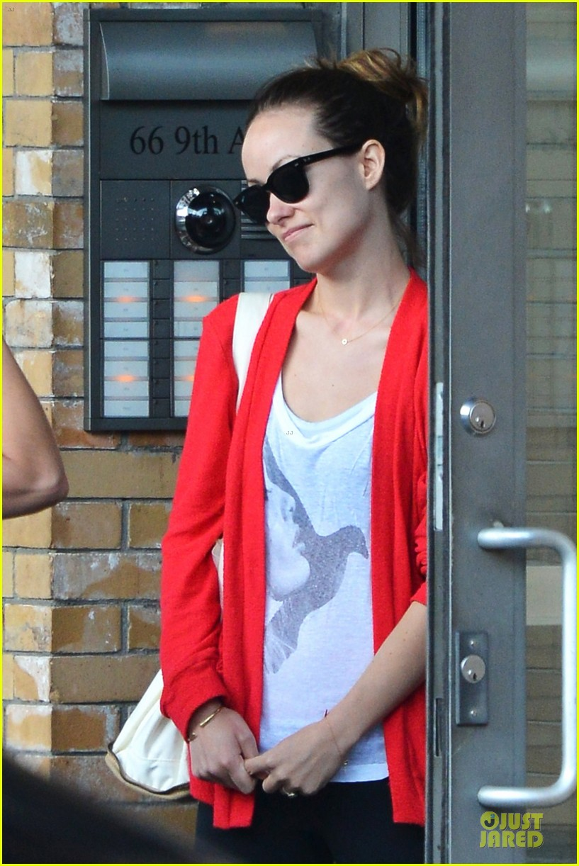 olivia wilde come hang out with emma stone 072863282