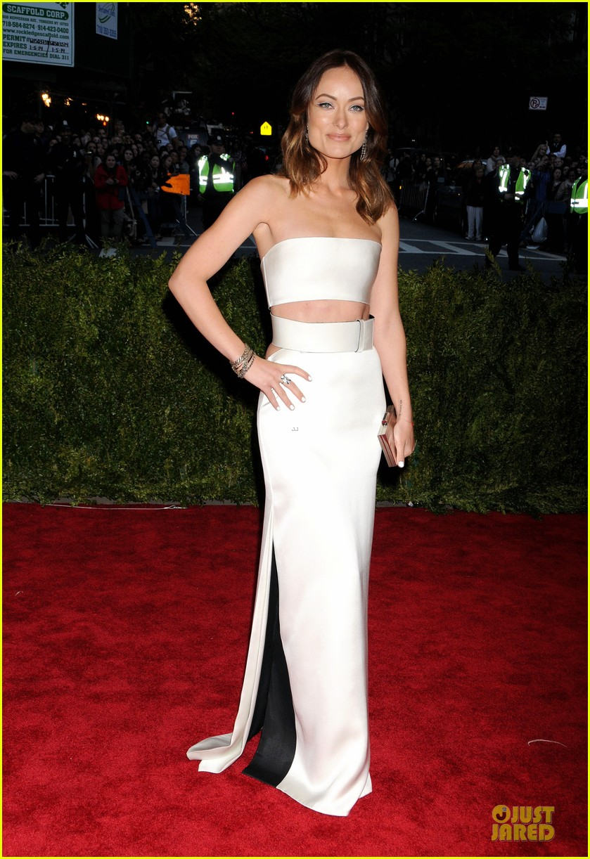 olivia wilde jason sudeikis met ball 2013 red carpet 062865254