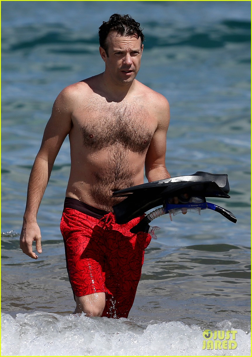 olivia wilde bikini vacation with shirtless jason sudeikis continues 042879334