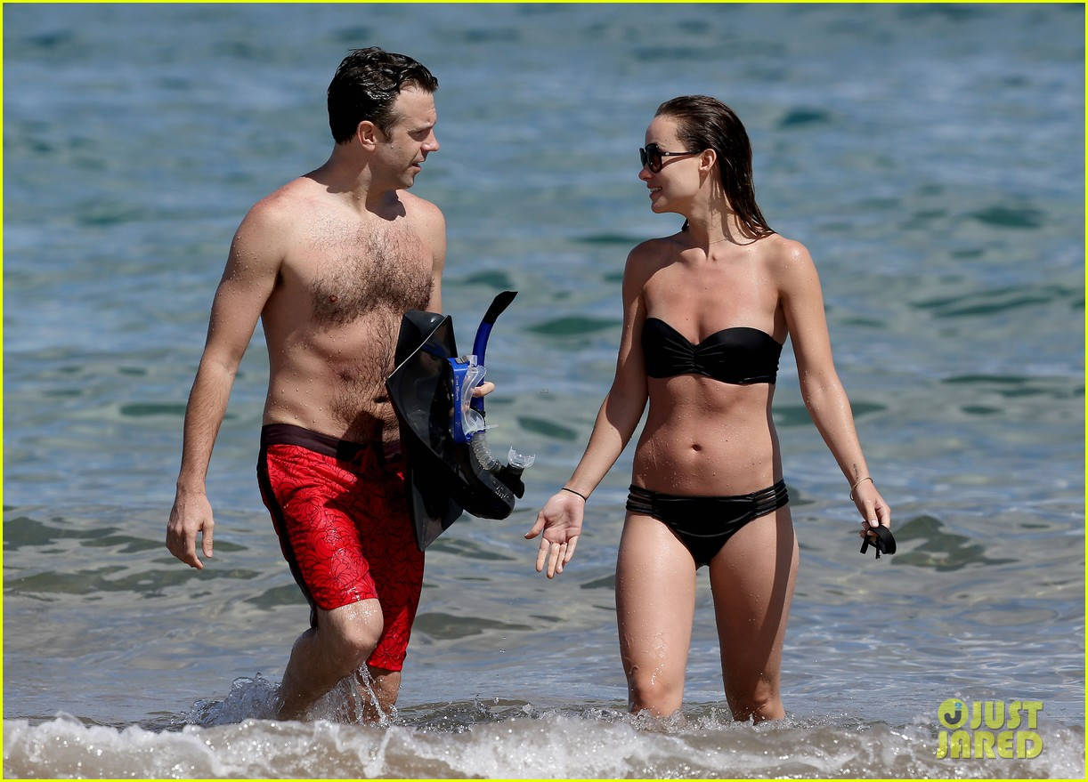 olivia wilde bikini vacation with shirtless jason sudeikis continues 082879338