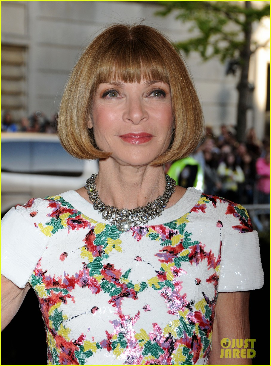 anna wintour met ball 2013 with bee shaffer 022865054
