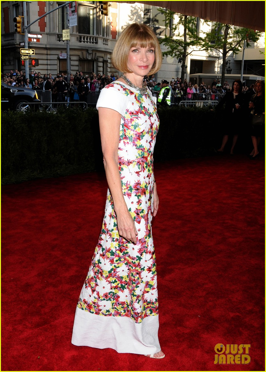 anna wintour met ball 2013 with bee shaffer 062865058