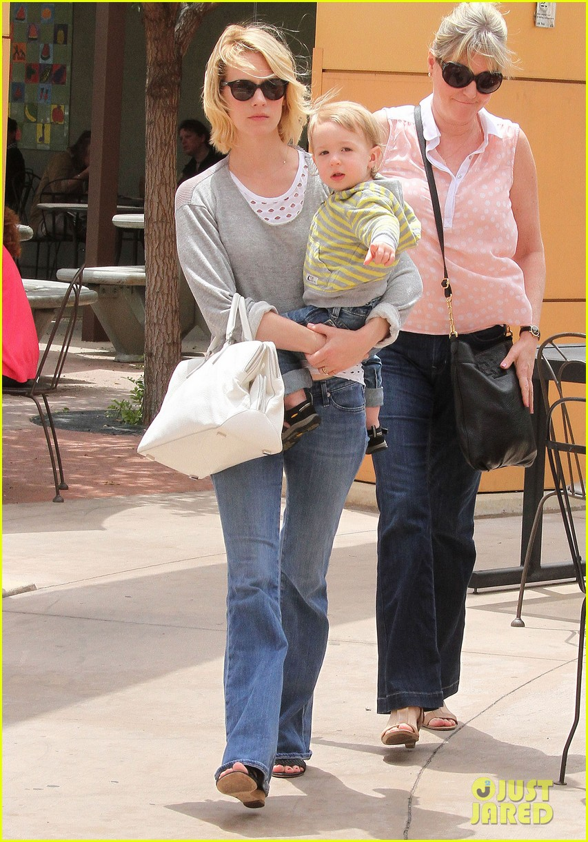 baby xander grabs mom january jones sunglasses 122867374