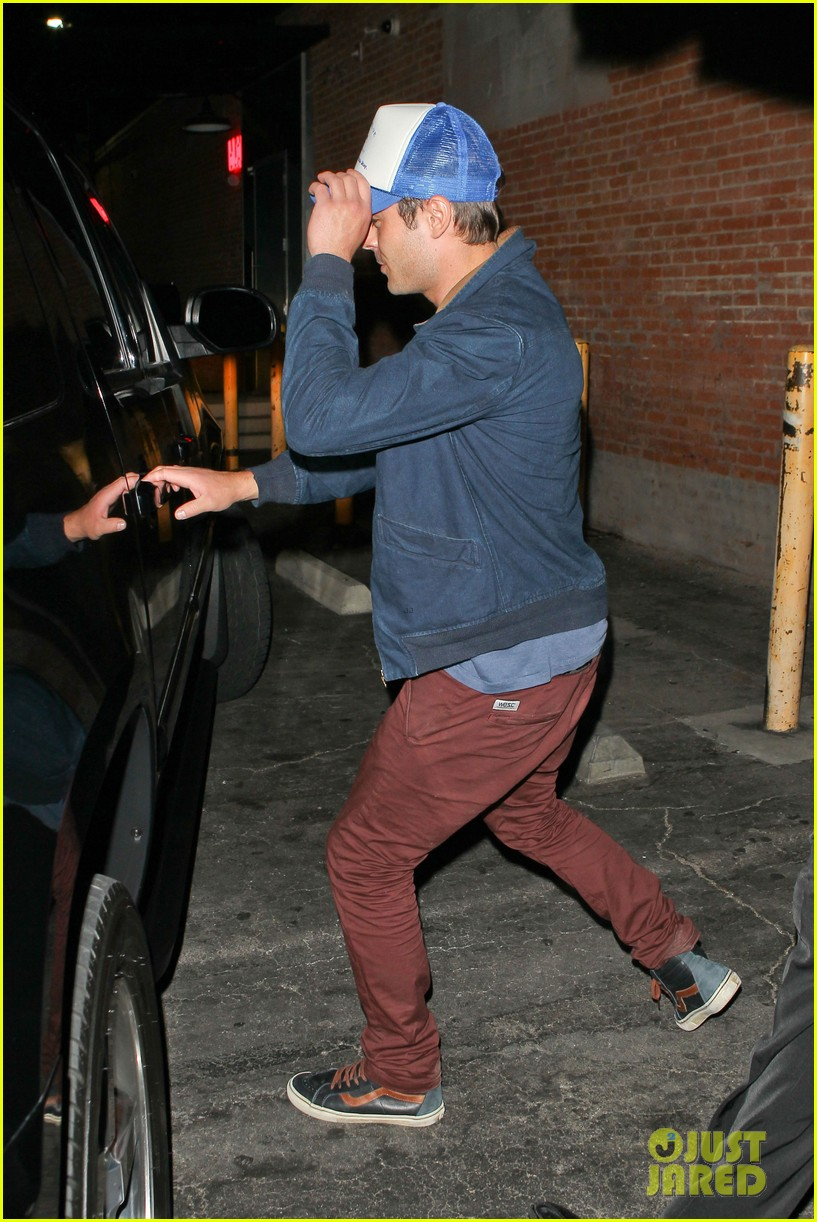 zac efron arrives at townies wrap party 042878871