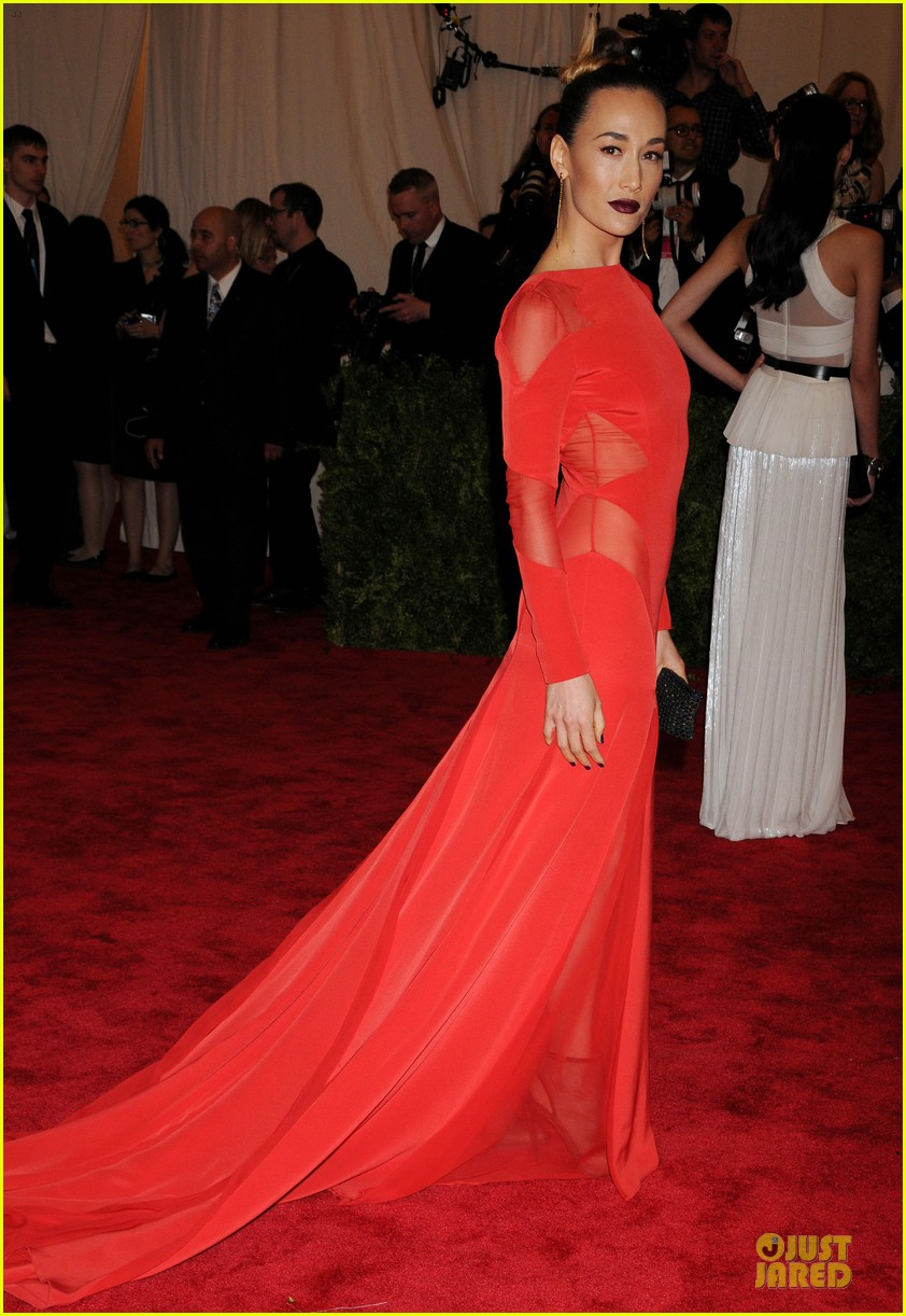 zhang ziyi maggie q met ball 2013 red carpet 03