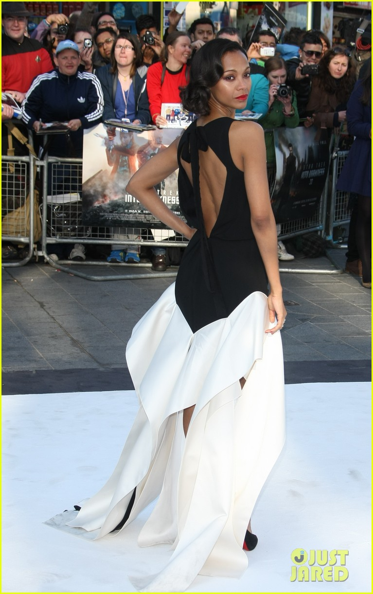 zoe saldana alice eve star trek into darkness uk premiere 052862494