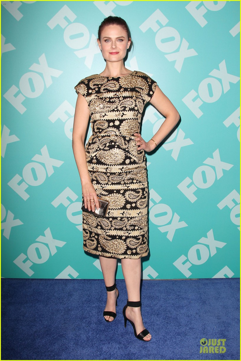 zooey emily deschanel fox upfront presentation sisters 062869928