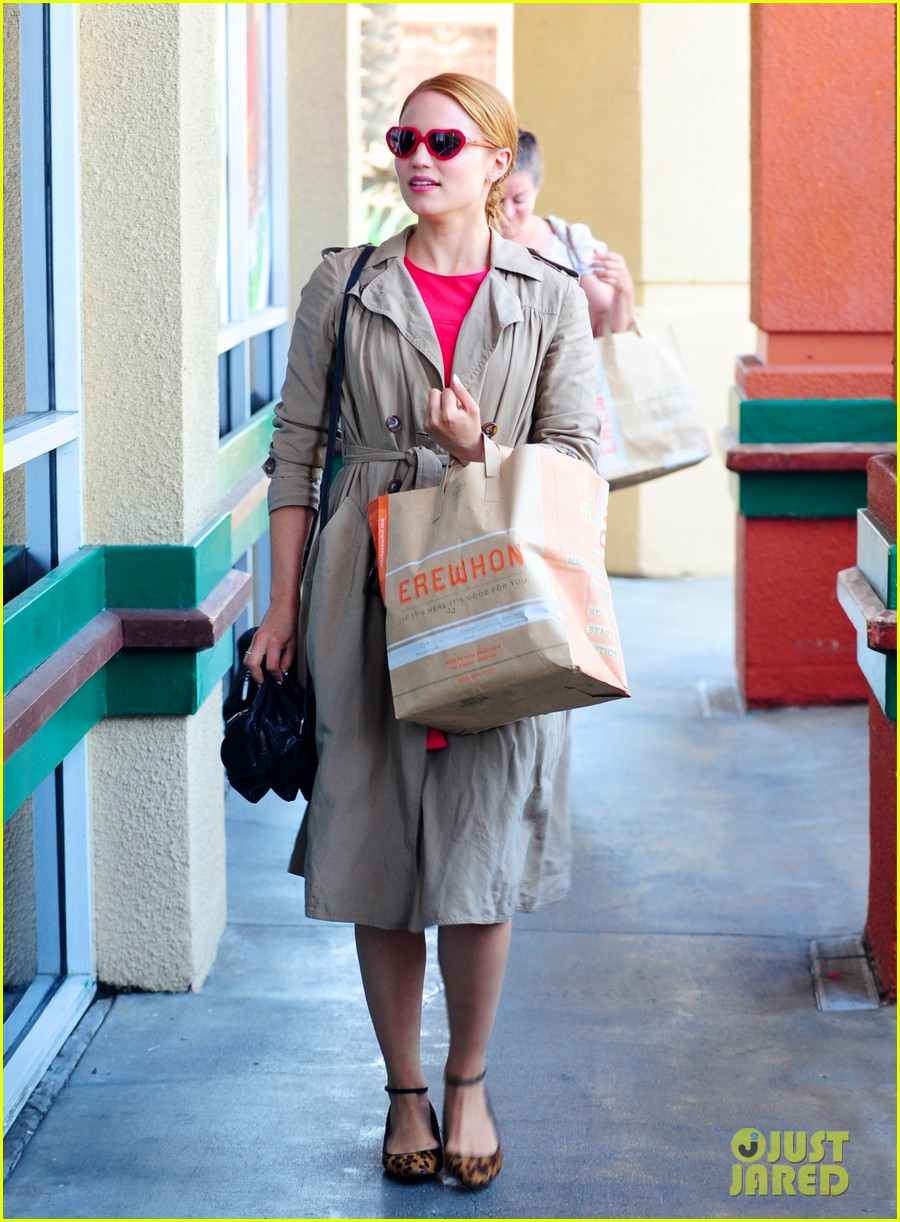 dianna agron naya rivera little doms lunch gals 05