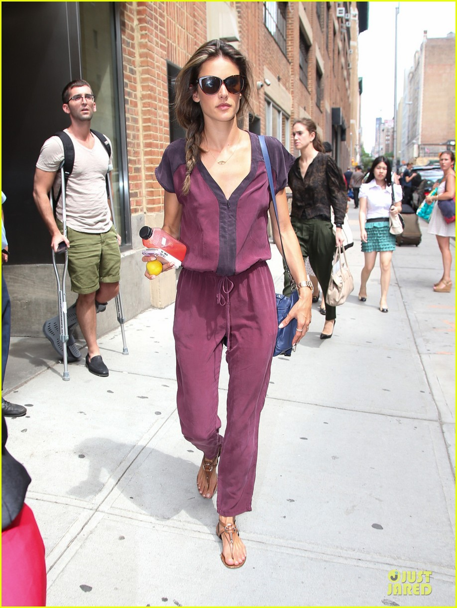 alessandra ambrosio lax arrival after secret project in nyc 062900549